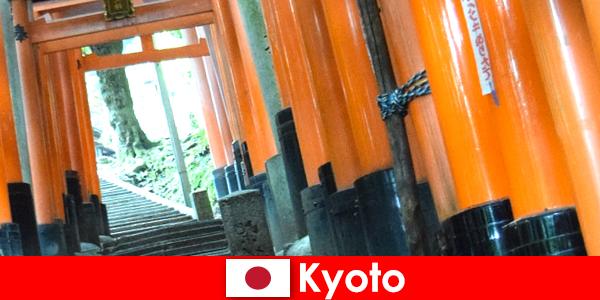 Kyoto, het vissersdorp in Japan, biedt verschillende UNESCO-attracties