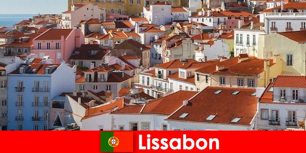 Lissabon de beste reisbestemming aan de kuststad met strandzon en heerlijk eten