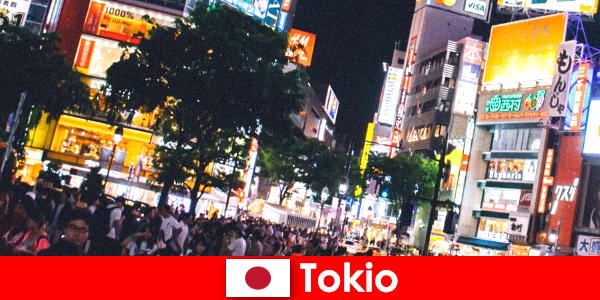 Tokyo is voor vakantiegangers in de flikkerende neonlichtstad het perfecte nachtleven