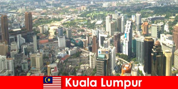 Kuala Lumpur in Maleisië Liefhebbers van Azië komen hier keer op keer